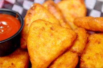 fred-s-mac-cheese-wedges.jpg