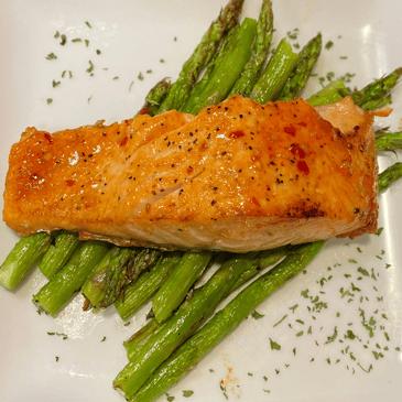 Salmon and Asparagus - MCXL